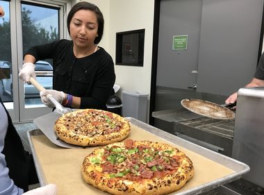 Students Get a Slice of Education With Their Pizzas