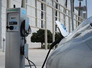 SCE Files Plan to Expand Charge Ready EV Charging Program