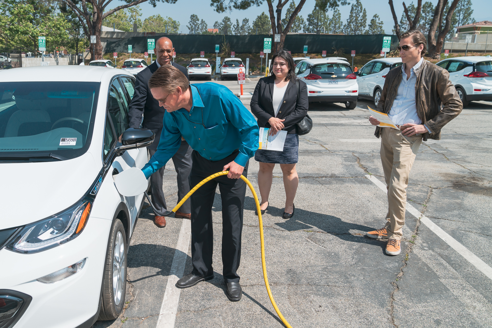 charge ready pilot helps la county public works electrify