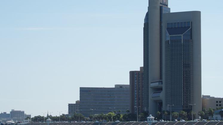 Shoreline Plaza