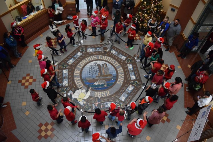 Carolers from Kostoryz Elementary at City Hall