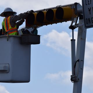 Downtown Traffic Signals Set to Flash