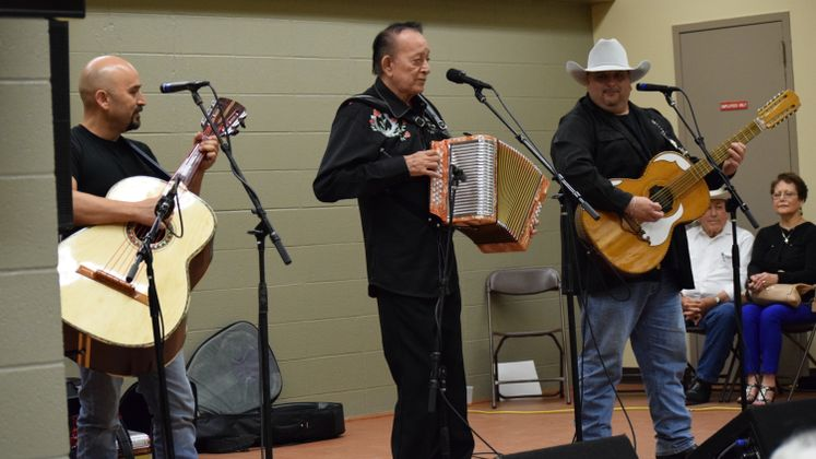 Flaco Jimenez at Zavala Grand re-opening