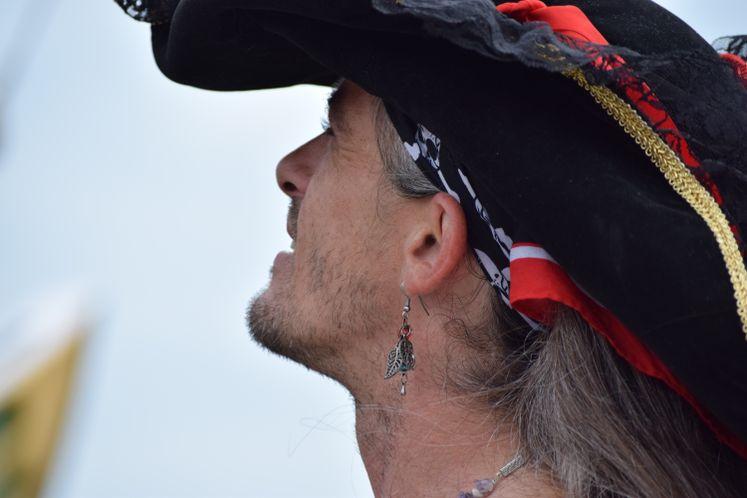 Red Dragon Pirates