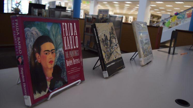 La Retama Library