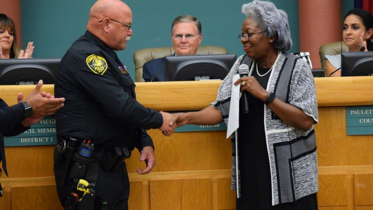 Sr. Officer L. Humitz Receives Life Saving Award