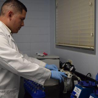 Comunicado de Prensa Laboratorio de ADN mantiene la calidad del agua de la ciudad