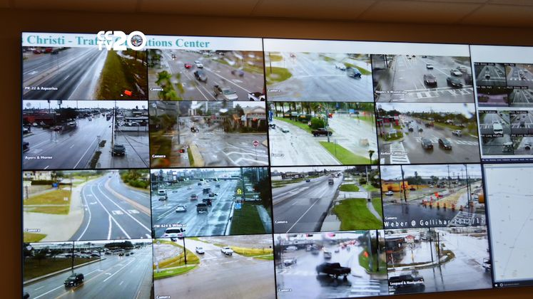 Public Takes Tour of Traffic Headquarters