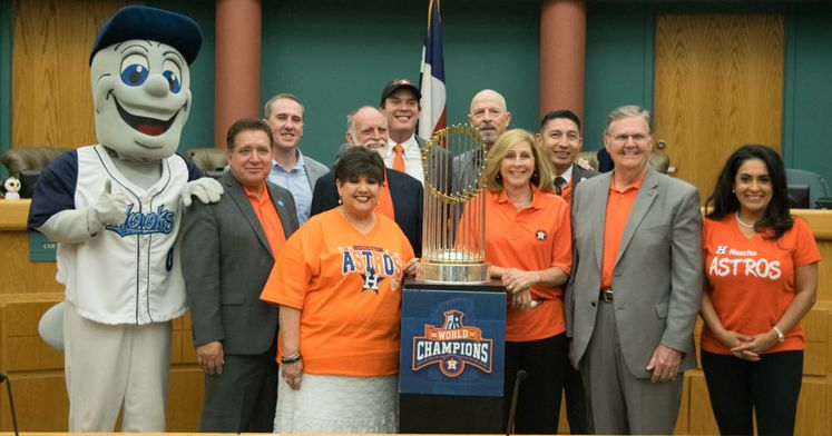 The Commissioner's Trophy Makes a Stop at City Hall