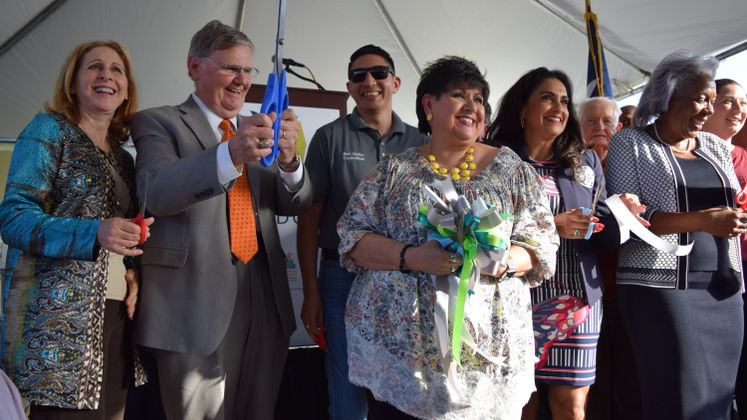 The Water's Edge Park Ribbon Cutting