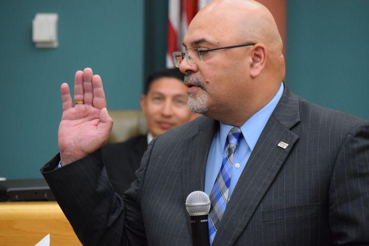 R. Everett Sworn In