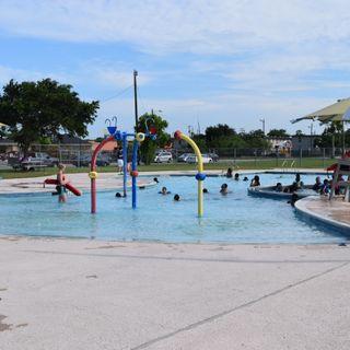 ¡Descubre la alegría de nadar este verano!