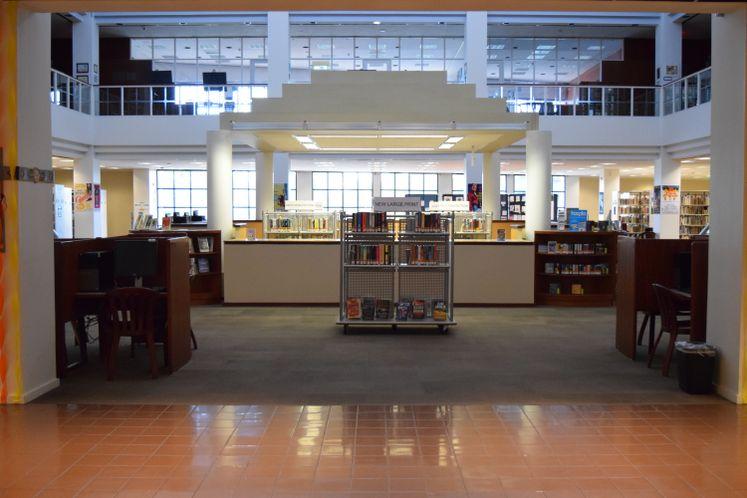 La Retama Central Library