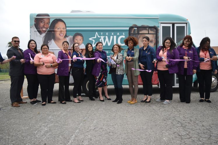 WIC Mobile Unit Ribbon Cutting