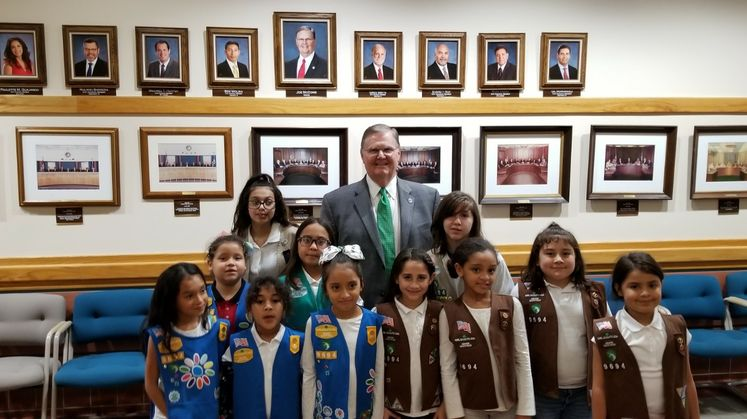 Girl Scouts Visit with the Mayor
