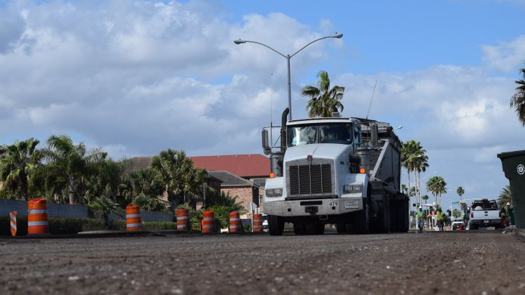 Revive the Drive, milling work on Ocean Drive
