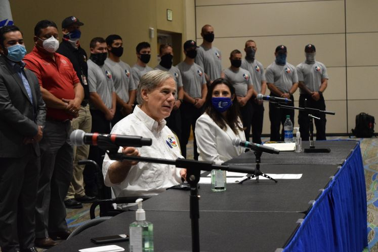Governor Greg Abbott Meets with Local Officials