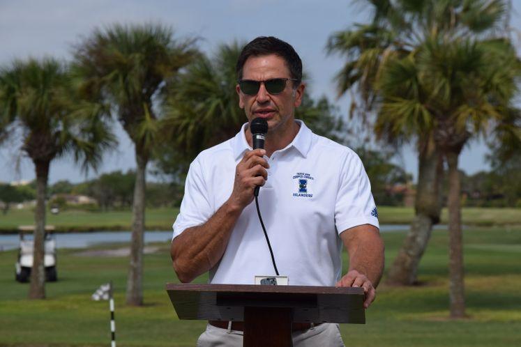 City Manager Addresses Municipal Golf Courses