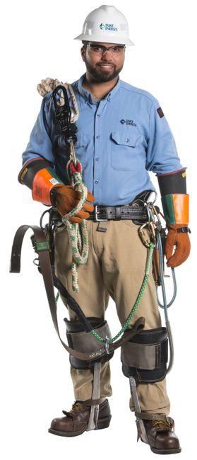 Duke-Energy-Lineman-In-Gear01