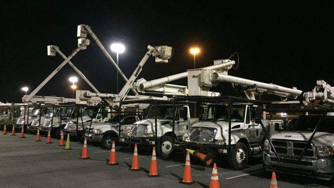 Duke Energy crews begin restorations; expect storm's assault to continue