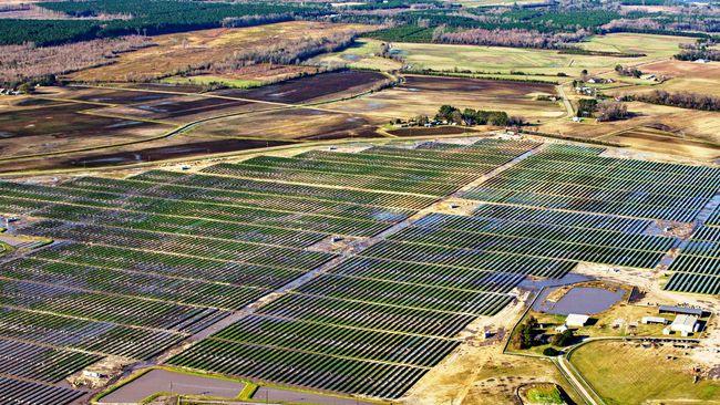 Lockheed Martin and Duke Energy Sign 17-Year Renewable Energy Pact