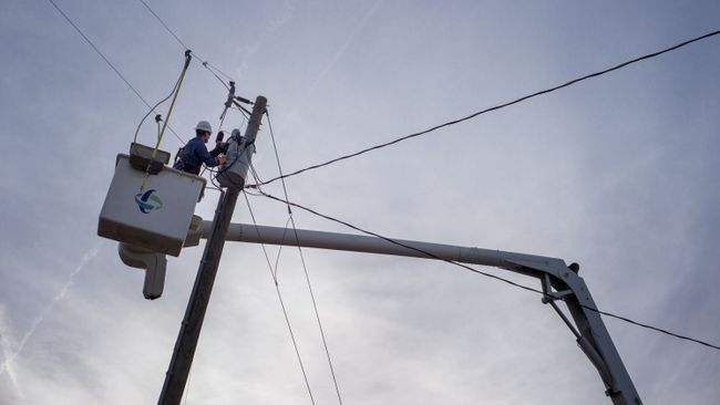Duke Energy makes progress on power restorations in Ohio and Kentucky