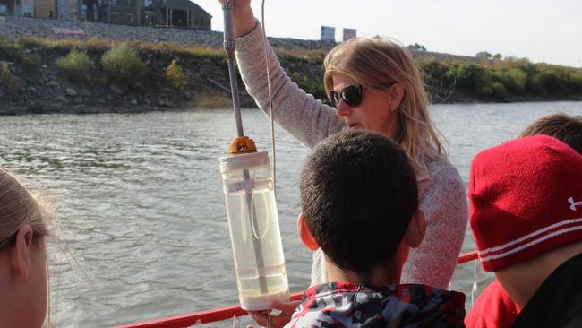 Duke Energy Foundation supports Ohio River Floating Classroom program