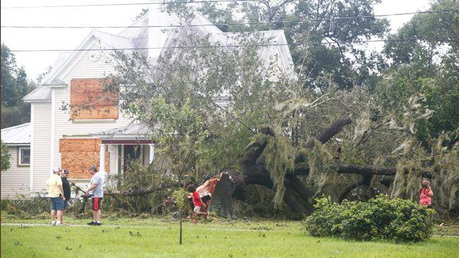 Duke Energy suspende la facturación estimada, los recargos por pago atrasado y las desconexiones durante el período de restauración por la tormenta en Florida