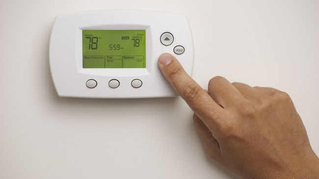 Duke Energy offers cold weather energy and money-saving tips in Indiana