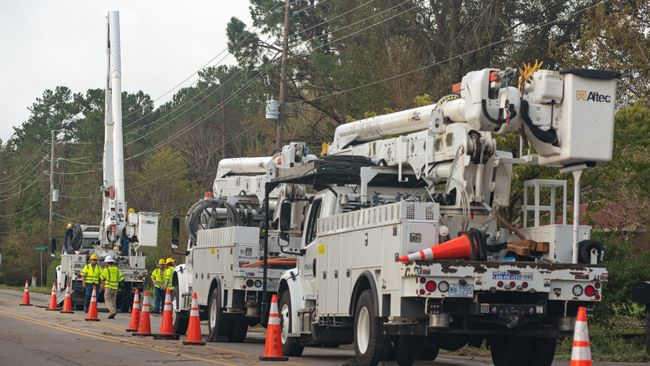 Duke Energy restores power to 180,000 customers in Carolinas following Tropical Storm Michael