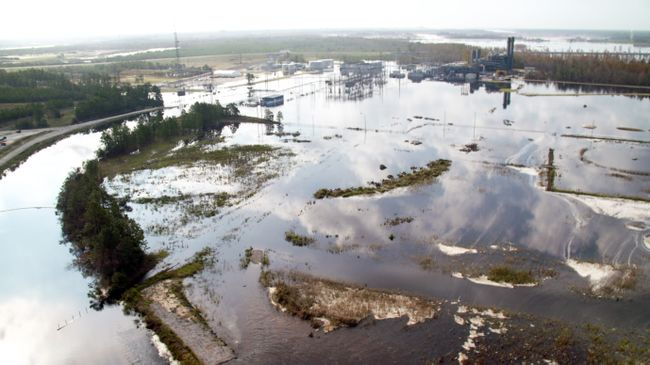 Sutton Plant flooding due to historic Cape Fear River levels; Duke Energy has begun inspections required before bringing its combined cycle plant (upper right) back online. Photo uploaded on Sept. 22, 2018.