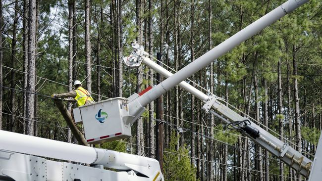 Duke Energy restores power to nearly 90% of Carolinas customers who lost electricity due to Tropical Storm Zeta