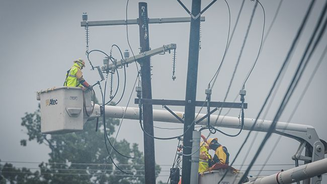 Duke Energy earns EEI's 'Emergency Recovery Award' for power restoration efforts in Carolinas after Hurricane Florence