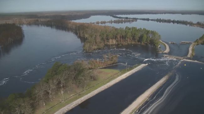 Sutton cooling lake breach flows into Cape Fear River. 9/22 morning inspection.