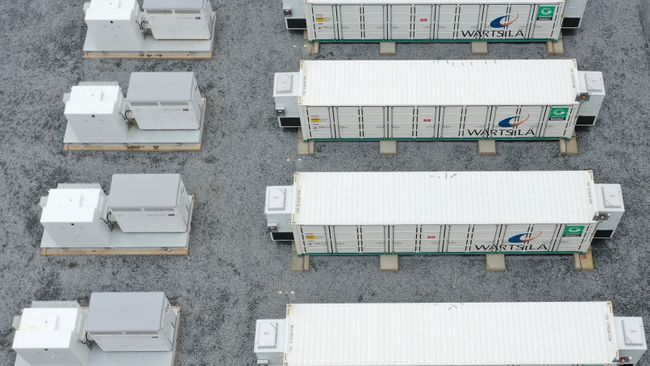 Duke Energy Florida announces three new battery storage sites, including special needs shelter and first pairing with utility solar