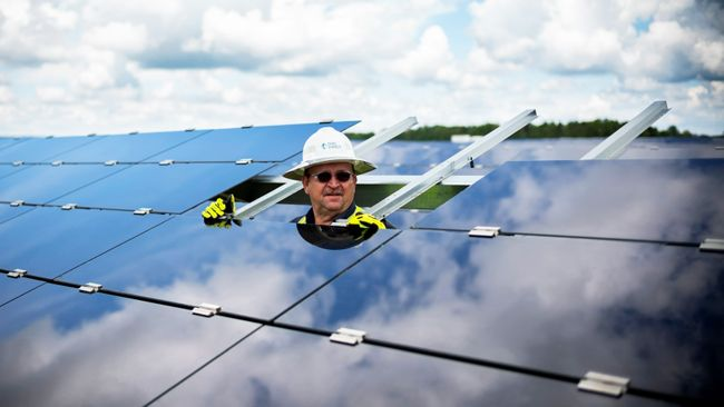 Duke Energy and solar industry achieve milestone agreements to expand solar in the Carolinas