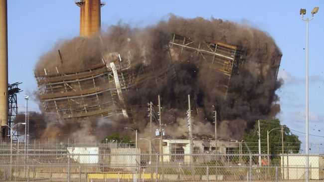 Crystal River Coal Plant Implosion 5