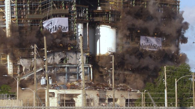 Crystal River Coal Plant Implosion 8