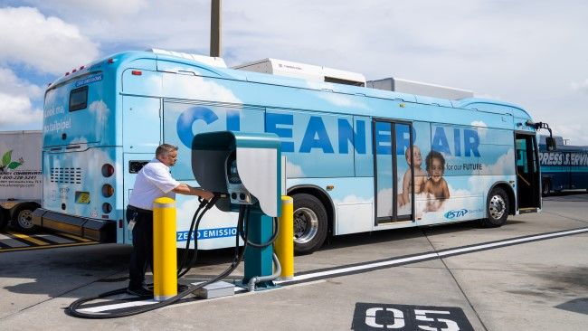Florida's Pinellas Suncoast Transit Authority joins Duke Energy to unveil 4 new electric depot bus chargers