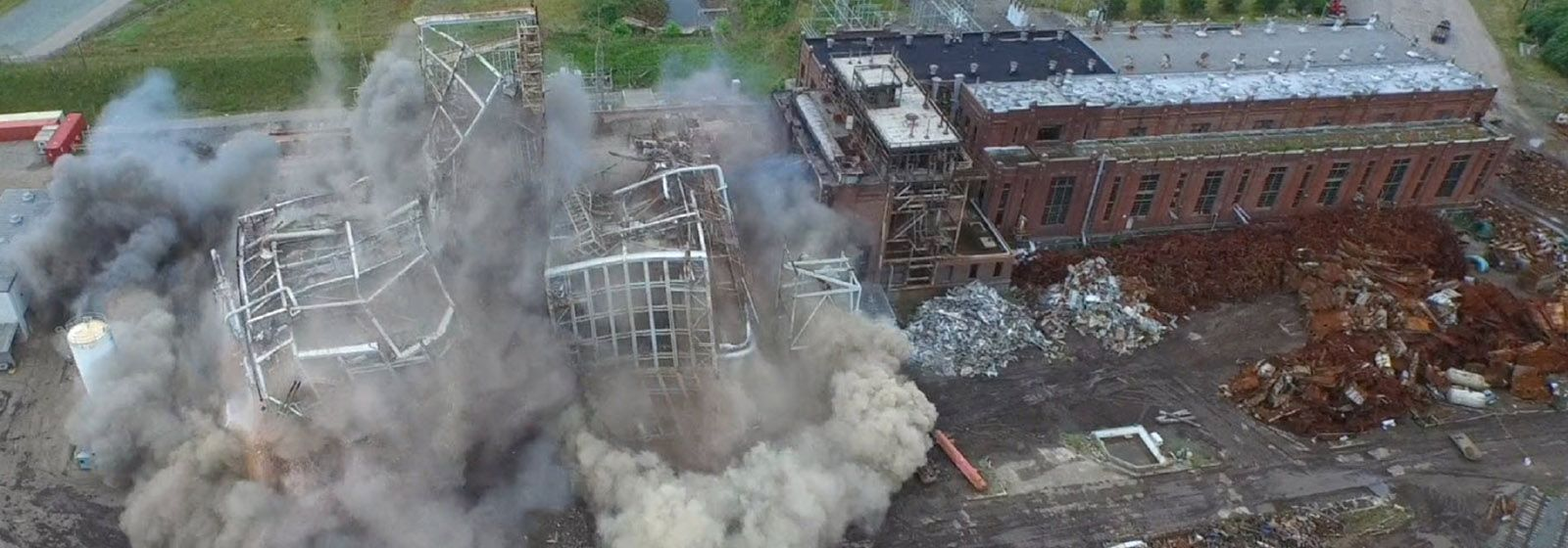 Video: Old coal-fired plants go boom!