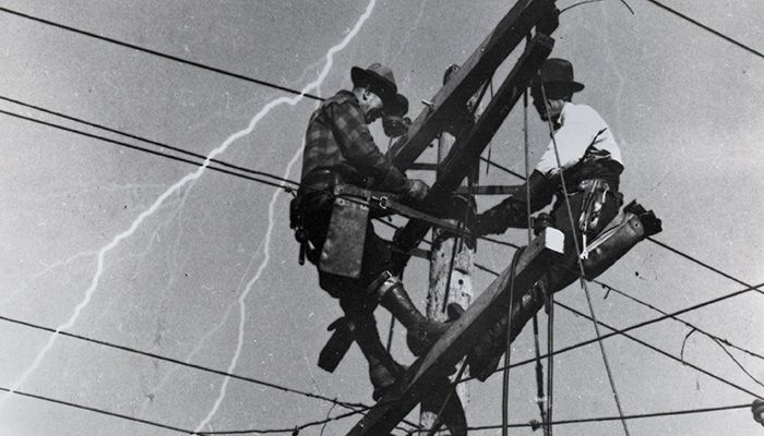 04C-PS-Time_Lineman_1940s