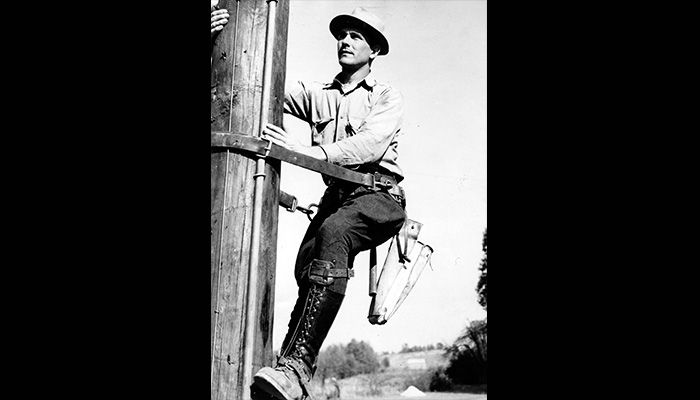 05-PS-Time_Lineman-1950