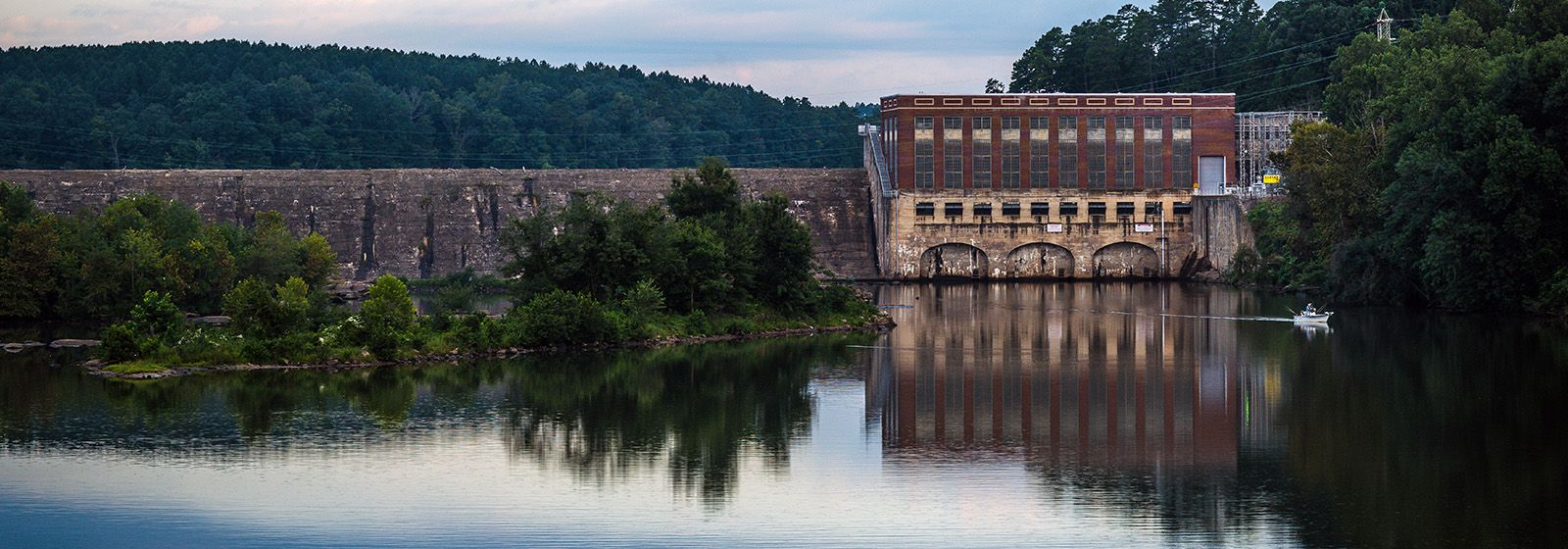 Breathtaking scenery surrounds hydro plant in NC