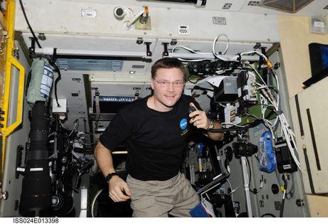 ISS-24-DougWheeler