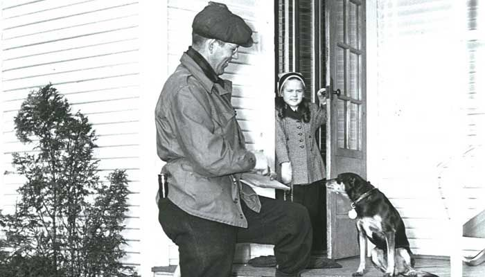 PSI_Meter-Reader-Porch-1947_700x400
