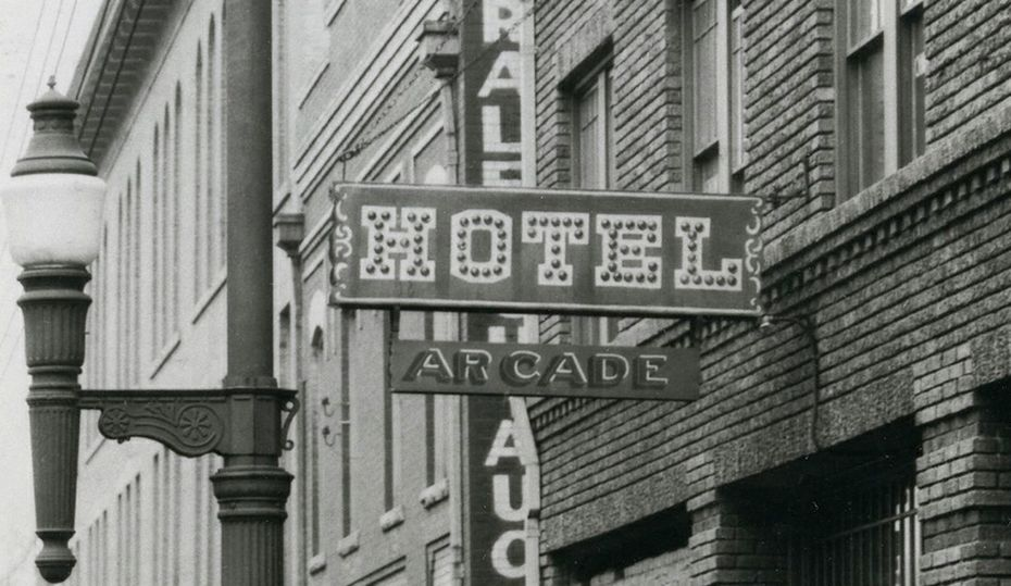 Retro photos: Have you seen this sign?