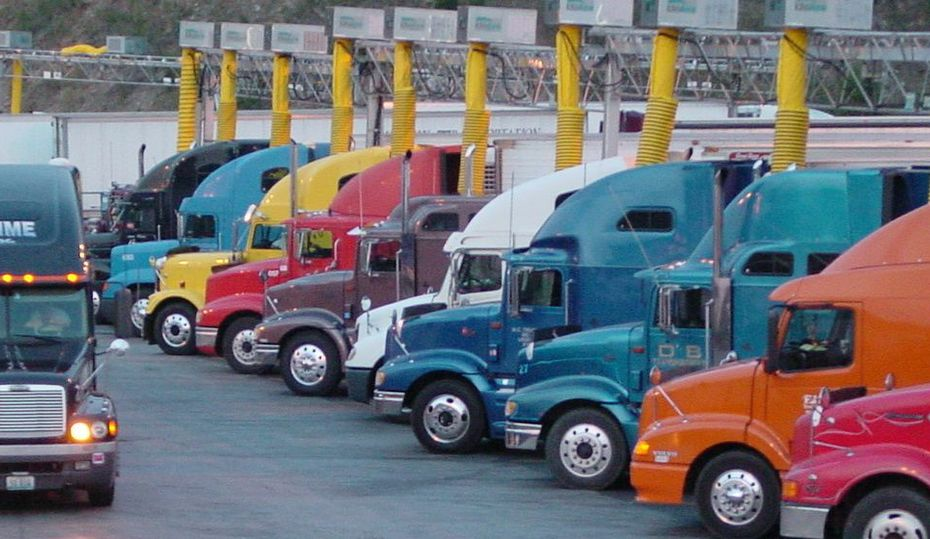 Truckers can plug in, save fuel and help the environment
