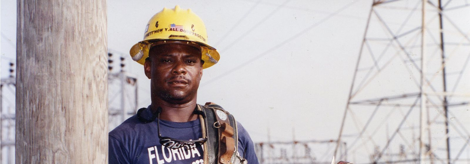 Retro photos: plenty of hard hats
