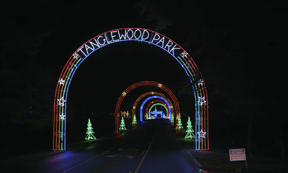 2018-1206-Tanglewood-Lights-930-5
