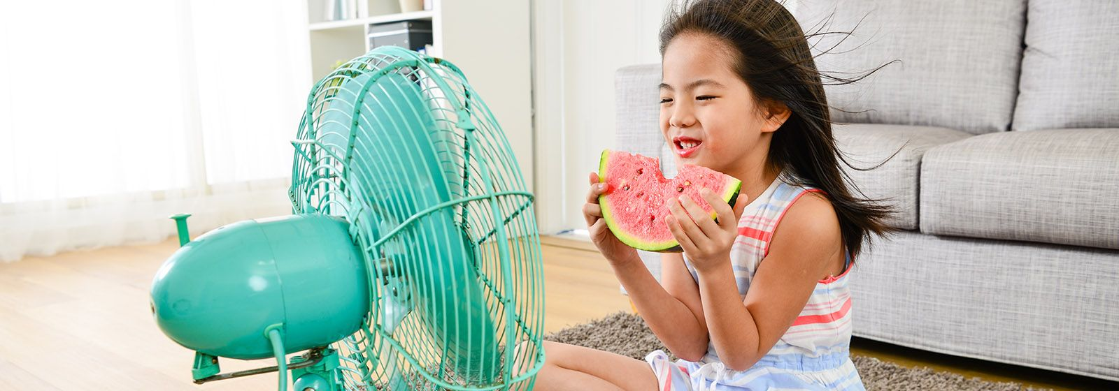 10 ways to save energy during hot weather